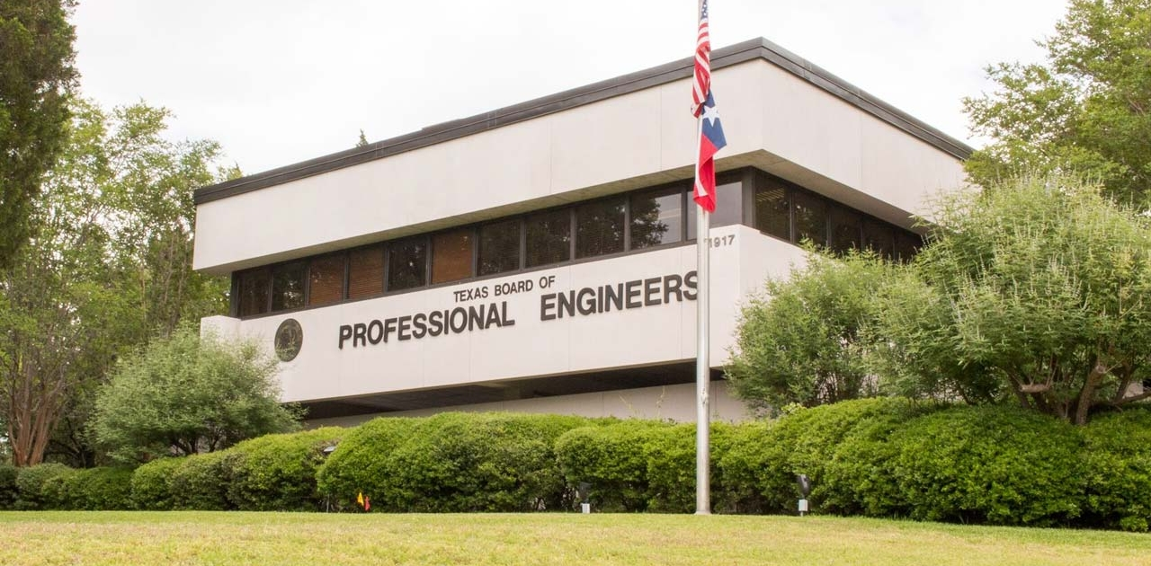 professional engineer licensee lawyer